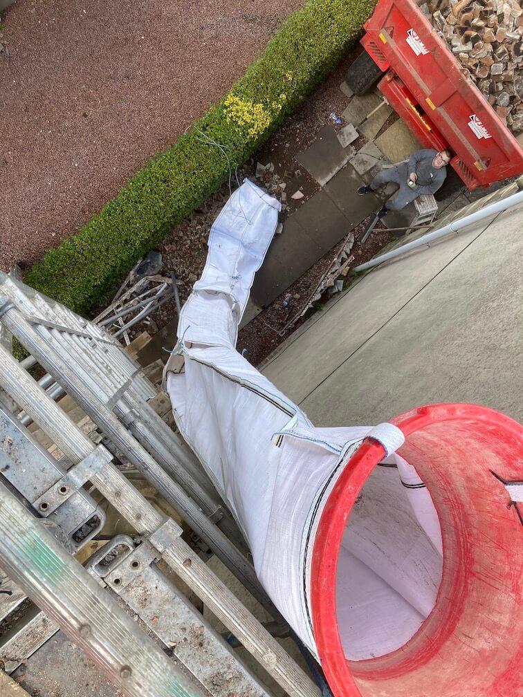 Rubbish chute